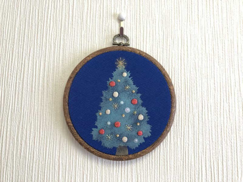 日本刺繍のかわいいクリスマスツリー
